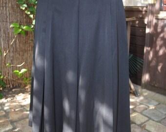 "Beautiful skirt ""Gérard Darel"" 1980"