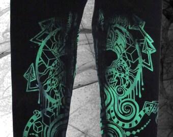 Spiral Skull* Leggings with studs, black