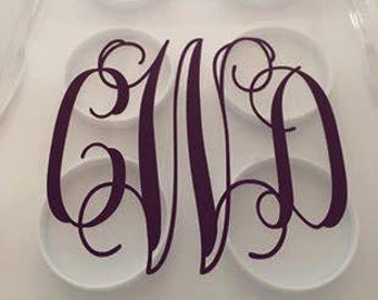 Cake carrier monogram