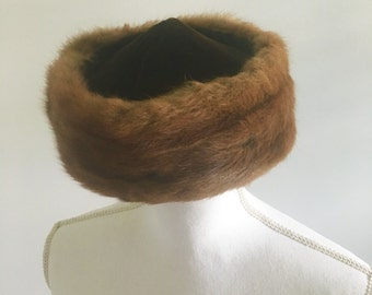 Vintage 50s Mink and Velvet Pillbox Hat