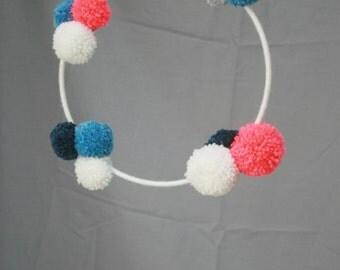 Mobile PomPoms pink fluo, blue, white & silver