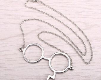 Harry Potter Glasses and Lightning Scar Necklace.