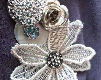 Jewels and buttons brooch