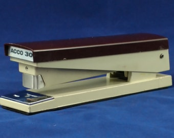 ACCO 30 Stapler -  70s Vintage Brown/Tan in Very Good condition