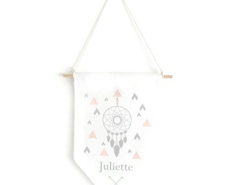 Pennant dream-catcher (pink nude)