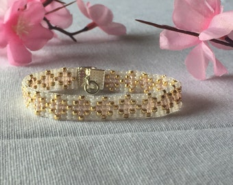 Beaded Bracelet. Gold, White and Blush. Seed Bead.