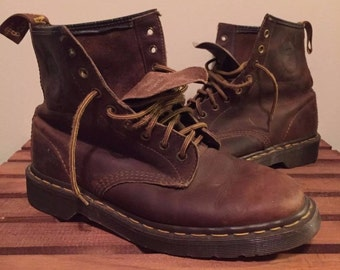 Dr Martens LIMITED EDITION 35th Anniversary boots size 7