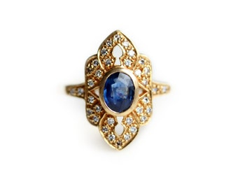 Antique Sapphire Ring - Antique 18 karat yellow gold Sapphire and Diamond Ring - Right Hand Ring - Cocktail Ring