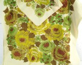 Vintage towel set, small bath towel and washcloth, mid century modern design, yellow and green roses floral print