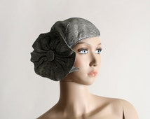 Vintage 1950s Fascinator Hat - Silver with Large Flapper Style Flower