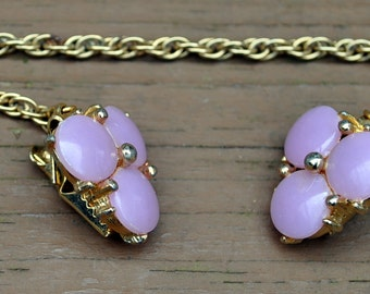 Vintage Sweater Guard - Lilac Colored Flowers - Gold Link Chain