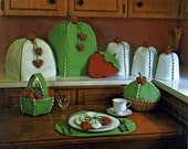The Gingham Goose Strawberry Kitchen Kollection Placemat Pot Holder Taster Canister Mix Cover Bun Cozy Vintage Sewing Craft Pattern 1980