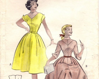 1950s Butterick 6559 Vintage Sewing Pattern Teen's Dress Size 16 Bust 34