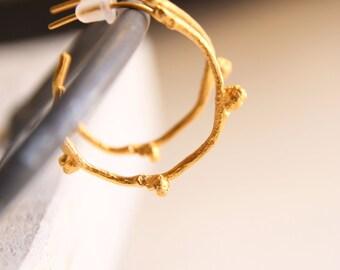 Gold hoop earrings-Branch earrings -Botanical jewelry-Twig hoops-Bridesmaid jewelry-Delicate earrings-Valentines gift