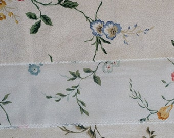 FL029 ~ 3 fabric samples White fabric Blue Pink Peach Yellow flowers