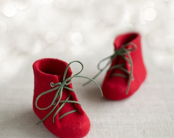 Baby's first shoes Newborn booties Deep red laced boots Natural wool shoes Felted unisex woolen booties Kids red shoes
