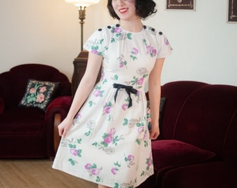 Vintage 1930s Dress - Charming White Cotton Pique 40s Day Dress with Purple Rose Print and Black Accents