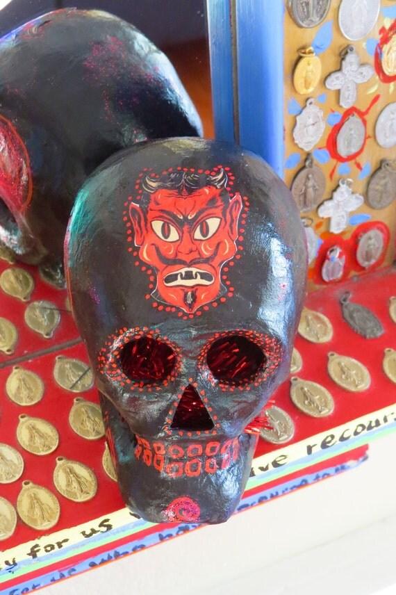 Day of the dead devil paper mache skull by mariposafuerte for Perfect paper mache