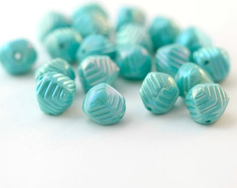 Vintage Beads Seafoam AB Lucite Round Layered Nugget Beads 10mm (20)