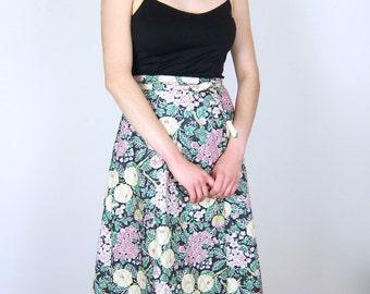 Floral Patterned Imagnin Wrap Skirt
