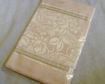 Vintage DAMASK Tablecloth, Pink Tablecloth, Pink Damask Tablecloth, NOS, Rose Pattern