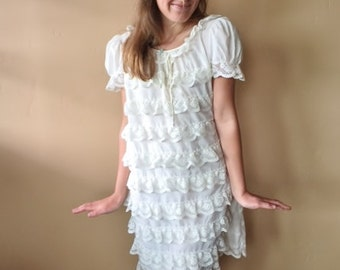 Vintage Lace Dress, 60s Lace Dress, Ivory Lace Dress, Mod Lace dress, Lace Ruffles dress, size S / M