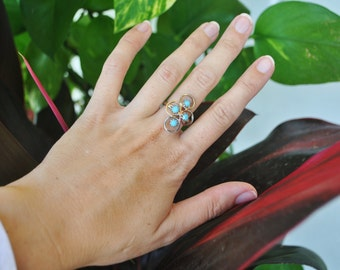 Vintage Adjustable Teal Ring / Silver toned metal