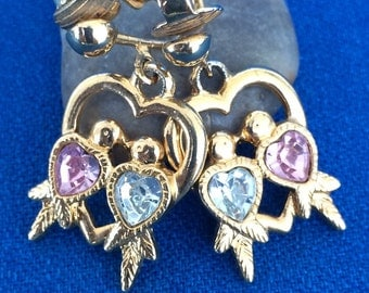 Sweet Vintage Love Bird Clip On Earrings by Avon 60s 70s Costume Fashion Jewelry