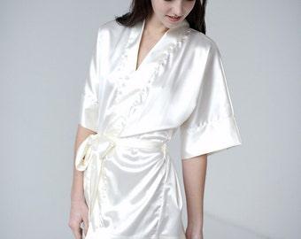 Robe, ivory robe, short robe, bridal robe, bridesmaid robe - Antheia - READY TO SHIP
