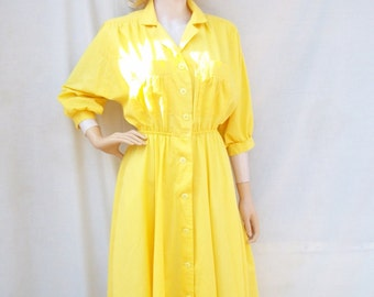 80s Sunny Yellow Dress size Small Medium Shirtwaist Dress Full Skirt