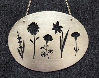 Custom Family Flower Wallhanging