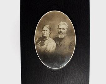 Antique Photo, 1800's Sepia Photo, Vintage Photograph, Old Couple, Grandma Grandpa Portrait, Vintage Fashion, Bearded Man, Cabinet Card,