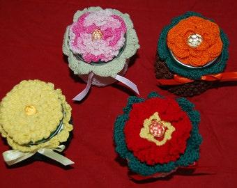 Crochet flower trinket jars