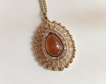 Vintage Sarah Coventry Amber Teardrop Pendant Necklace