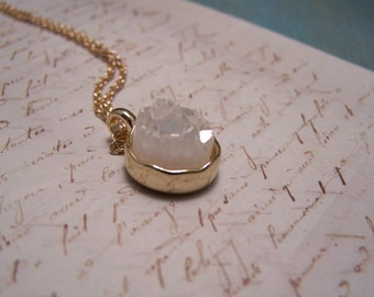 White Crystal Druzy Necklace. Druzy Agate Quartz. Simple. Minimalist
