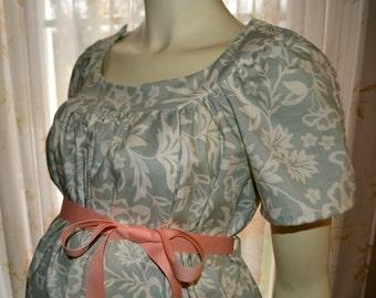 Maternity Hospital Gown/gorgeous MINT print