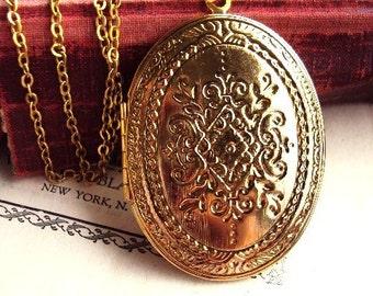 Vintage Large Locket Necklace Engraved Design Photo Locket Antique Gold Oversized Long Chain Antique Gold