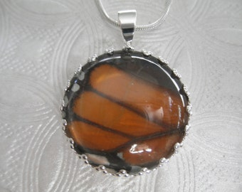 Monarch Butterfly Wing Crown Pendant Under Glass Pendant-Nature's Art-Gifts For 30-Symbolizes Hope, Transformation, Healing-Nature's Art