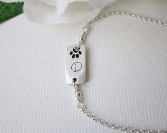 Paw Print Bracelet, Initial Bracelet with Paw Print, Pets Memorial Bracelet, Cat Charm Bracelet, Personalized Gifts for Cat or Dog Lovers