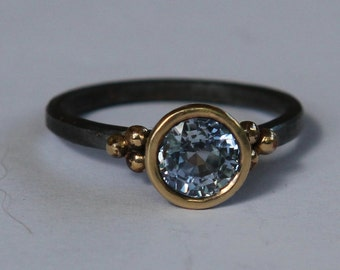 2.30 ct Natural Light Blue Sapphire Oxidized Sterling Silver And 14K Gold Ring SZ 8.5
