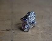 Art Deco 18K filigree diamond sapphire dinner ring ∙ 1920s filigree diamond ring
