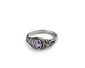 Vintage Style Amethyst Sterling Silver Ring