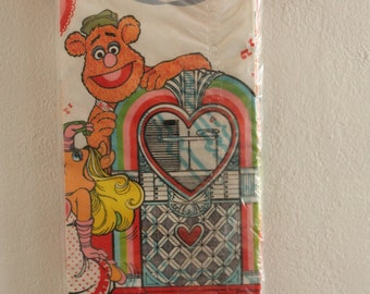 Vintage Muppets Disposable Paper Table Cloth Jim Henson Fozzie Bear Animal Miss Piggy