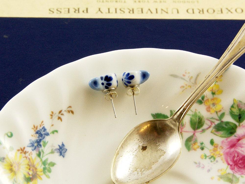 Teacup Stud Earrings - Tea Wedding Favour - Teacup Jewellery