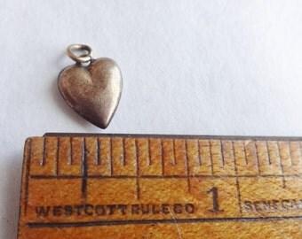 Tiny Puffy Heart GF Antique