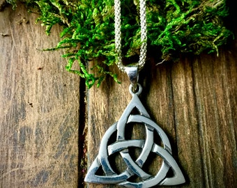 DESTASH- Sterling Silver Triquetra Necklace