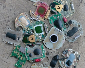 Digital watch chips -- set of 16 -- D15