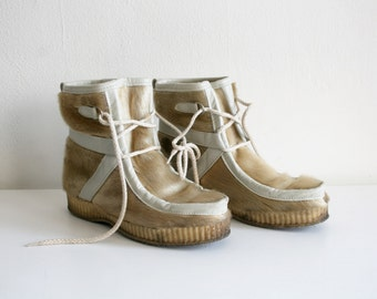 SALE Vegan Seal Eskimo Boots 7