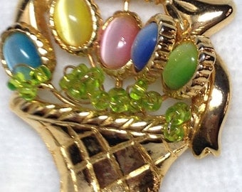 Basket Brooch // Colored Flowers // Eggs // Green Glass