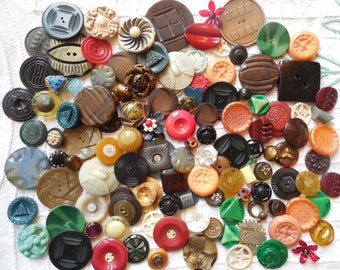 Nice lot of 120 Fancy Vintage Celluloid Buttons